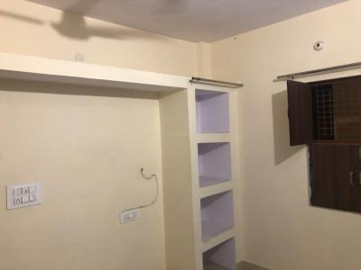 Gallery Cover Image of 400 Sq.ft 1 BHK Apartment for rent in Nawada for 8000