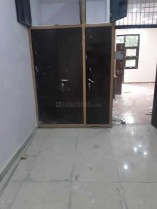 Gallery Cover Image of 1000 Sq.ft 3 BHK Independent Floor for buy in Govindpuram for 3600000
