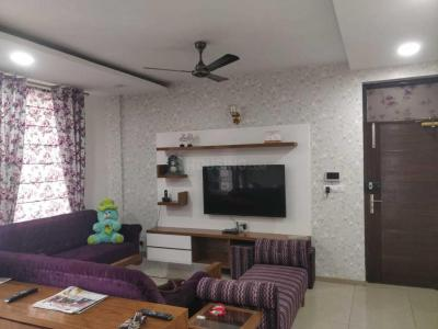 Gallery Cover Image of 1000 Sq.ft 3 BHK Apartment for buy in Pride Pacific Vasant Vihar, Dhakoli for 3200000