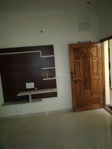 Gallery Cover Image of 767 Sq.ft 2 BHK Apartment for buy in Pallikaranai for 5476000