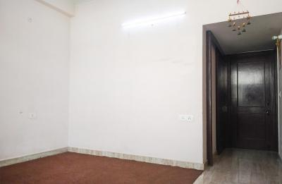 Gallery Cover Image of 800 Sq.ft 2 BHK Apartment for rent in Sector 27 for 23000