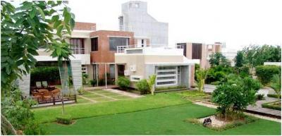 Gallery Cover Image of 3600 Sq.ft 4 BHK Independent House for rent in Shela for 25000
