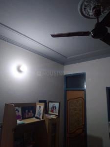Gallery Cover Image of 360 Sq.ft 1 BHK Independent Floor for rent in Geeta Colony for 7000