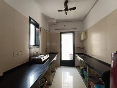Gallery Cover Image of 850 Sq.ft 2 BHK Apartment for buy in Mulund East for 18000000
