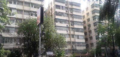 Gallery Cover Image of 1000 Sq.ft 2 BHK Apartment for rent in Lake Gardens for 20000