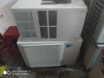 Balcony Image of Jamshed Pasha Air Conditioner in Sector 76
