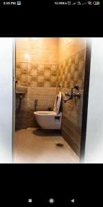 Bathroom Image of Royal Palace PG Hostel in Andheri West