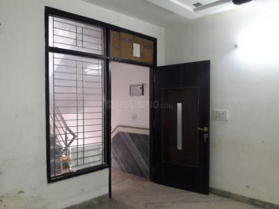 Gallery Cover Image of 700 Sq.ft 2 BHK Independent Floor for rent in Sector 8 Rohini for 15000