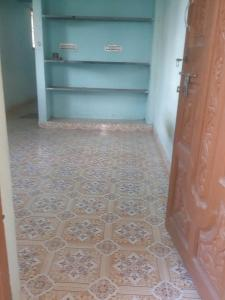 Gallery Cover Image of 540 Sq.ft 1 BHK Independent Floor for rent in Guduvancheri for 4500