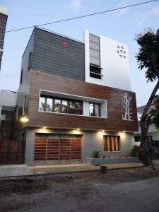 Gallery Cover Image of 1500 Sq.ft 3 BHK Independent House for buy in Budigere Cross for 6800000
