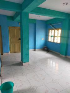 Gallery Cover Image of 1100 Sq.ft 3 BHK Independent Floor for rent in Dum Dum for 10000