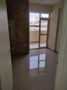 Gallery Cover Image of 610 Sq.ft 2 BHK Apartment for rent in Pyramid Urban Home II Extension, Sector 86 for 10000