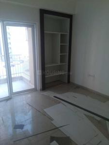 Gallery Cover Image of 1060 Sq.ft 3 BHK Apartment for rent in Noida Extension for 7000