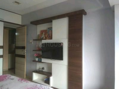 Gallery Cover Image of 1040 Sq.ft 2 BHK Apartment for buy in Sudha Park, Ghatkopar East for 28000000