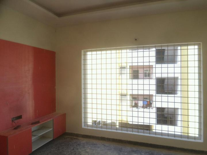 Living Room Image of 700 Sq.ft 1 BHK Apartment for rent in Panathur for 15500