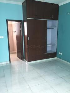 Gallery Cover Image of 1650 Sq.ft 3 BHK Independent Floor for rent in Sector 23 for 25000