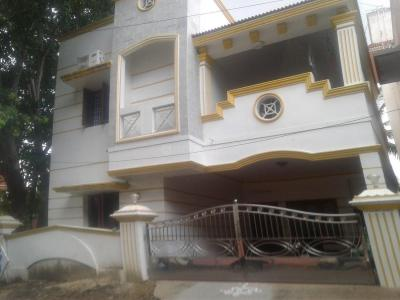 Gallery Cover Image of 1800 Sq.ft 4 BHK Independent House for buy in Maduravoyal for 23000000