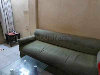 Gallery Cover Image of 750 Sq.ft 2 BHK Apartment for rent in Juhu for 55000