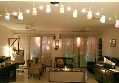 Gallery Cover Image of 2250 Sq.ft 4 BHK Apartment for rent in Advantage Brookhaven, Jogeshwari East for 125000