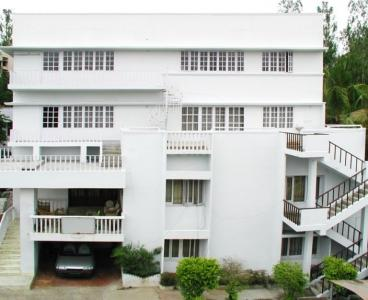 Gallery Cover Image of 9000 Sq.ft 9 BHK Independent House for rent in Jubilee Hills for 800000