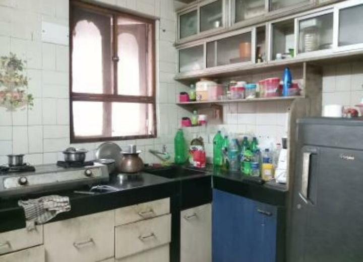 Kitchen Image of 650 Sq.ft 1 BHK Apartment for rent in Thane East for 28000