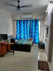 Gallery Cover Image of 330 Sq.ft 1 RK Apartment for rent in Summit Apartments, Goregaon East for 16000