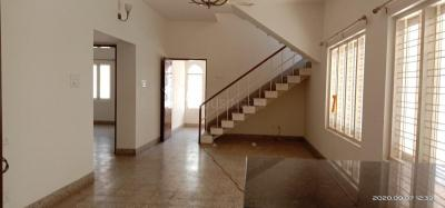 Gallery Cover Image of 2400 Sq.ft 3 BHK Independent House for rent in  JP Nagar 1st Phase RWA, JP Nagar for 52000