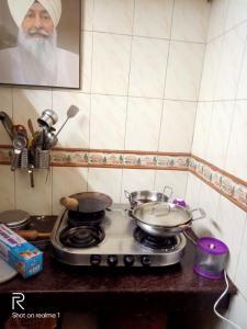 Kitchen Image of Garg PG in Shalimar Bagh