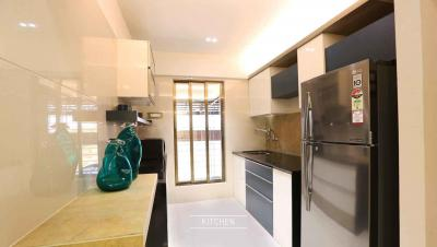 Gallery Cover Image of 605 Sq.ft 1 BHK Apartment for buy in Thane West for 7300000