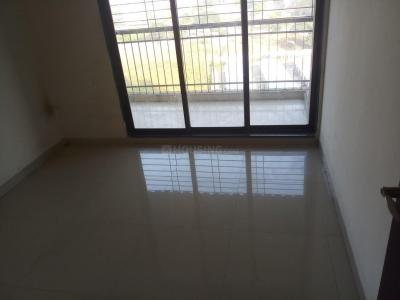 Gallery Cover Image of 680 Sq.ft 2 BHK Apartment for rent in Kalamboli for 13000