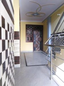 Gallery Cover Image of 450 Sq.ft 2 BHK Independent Floor for rent in New Ashok Nagar for 14000