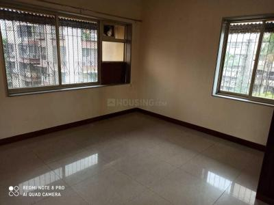 Gallery Cover Image of 1350 Sq.ft 2 BHK Apartment for rent in Manali Building, Malad West for 39000