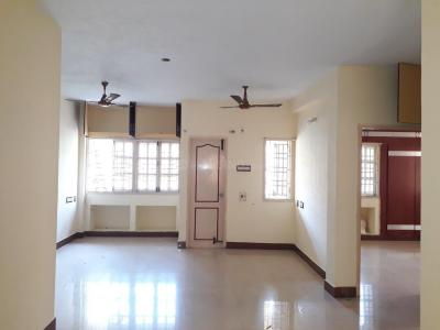 Gallery Cover Image of 1100 Sq.ft 2 BHK Apartment for rent in Choolaimedu for 21000