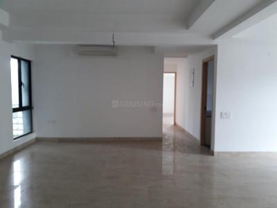 Gallery Cover Image of 2929 Sq.ft 4 BHK Apartment for rent in Topsia for 70000