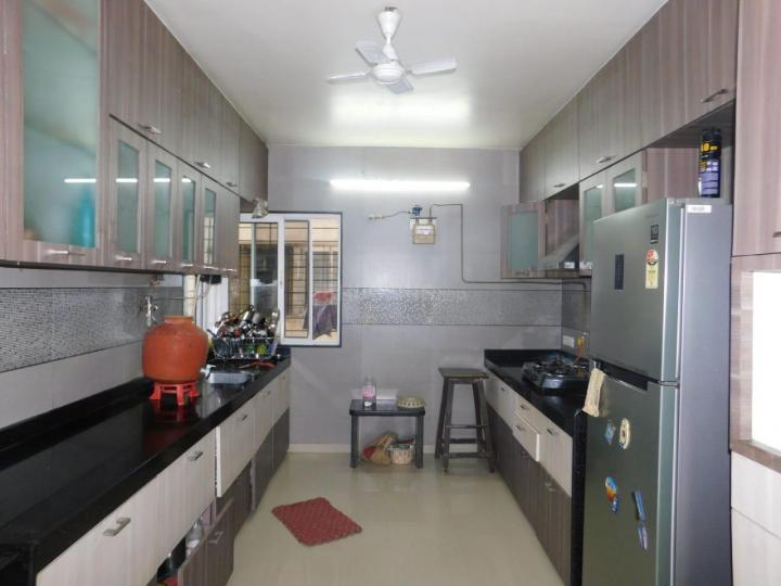 Kitchen Image of 1650 Sq.ft 3 BHK Apartment for buy in Mirchandani Palms, Pimple Saudagar for 14700000