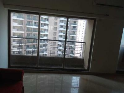 Gallery Cover Image of 1000 Sq.ft 2 BHK Apartment for rent in Land L and T Cresent Bay, Parel for 70000