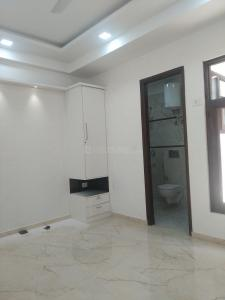 Gallery Cover Image of 950 Sq.ft 2 BHK Independent Floor for buy in Gyan Khand for 3800000