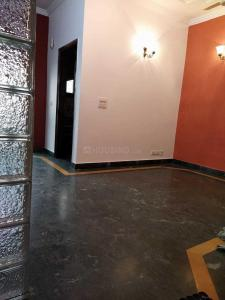 Gallery Cover Image of 1320 Sq.ft 2 BHK Independent Floor for rent in Saket for 35000
