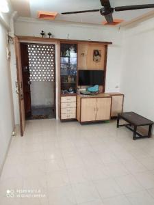 Gallery Cover Image of 500 Sq.ft 1 BHK Independent House for buy in Dahisar West for 8700000