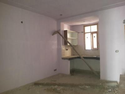 Gallery Cover Image of 650 Sq.ft 2 RK Independent Floor for rent in DLF Phase 3 for 16000