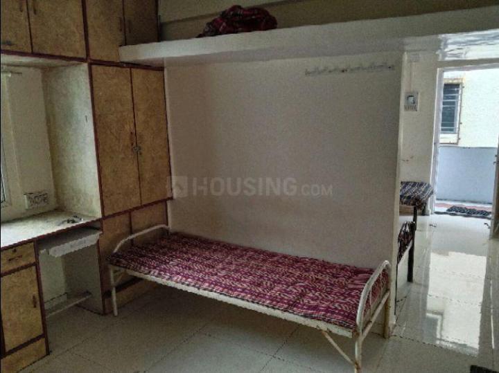 Bedroom Image of PG 5426202 Dhankawadi in Dhankawadi