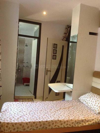 मडांगीर में स्टे 97 पीजी के बेडरूम की तस्वीर