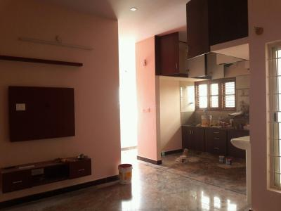 Gallery Cover Image of 1000 Sq.ft 2 BHK Apartment for rent in Frazer Town for 24000