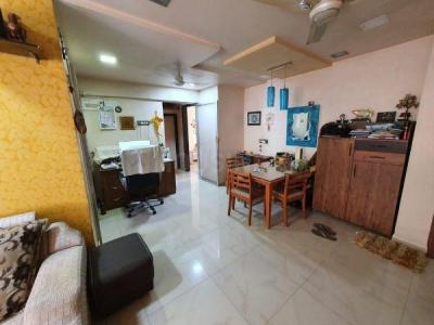 Gallery Cover Image of 1100 Sq.ft 2 BHK Apartment for buy in Blue Pearl, Dahisar West for 15700000