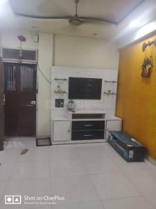 Gallery Cover Image of 600 Sq.ft 1 BHK Apartment for rent in Ghatkopar East for 26000