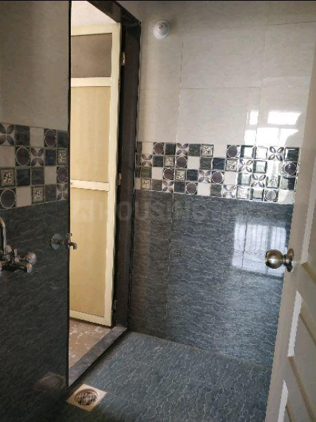 Bathroom Image of 625 Sq.ft 1 BHK Apartment for rent in Shilphata for 9500
