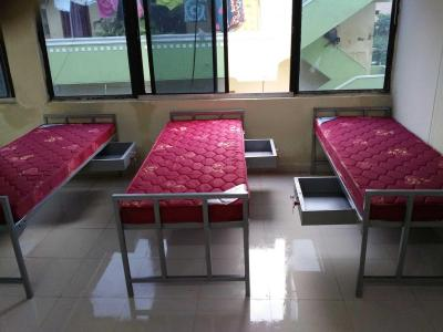 Bedroom Image of Sai Nivas PG Accommodation in Chandanagar