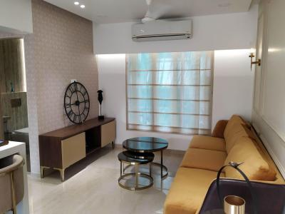 Gallery Cover Image of 750 Sq.ft 2 BHK Apartment for buy in Kandivali West for 17000000