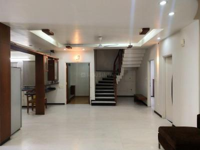 Gallery Cover Image of 3600 Sq.ft 3 BHK Apartment for rent in Banjara Hills for 100000