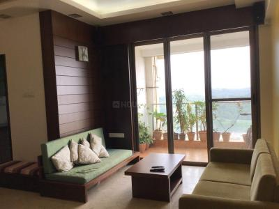 Gallery Cover Image of 1325 Sq.ft 2 BHK Apartment for rent in Malad East for 60000
